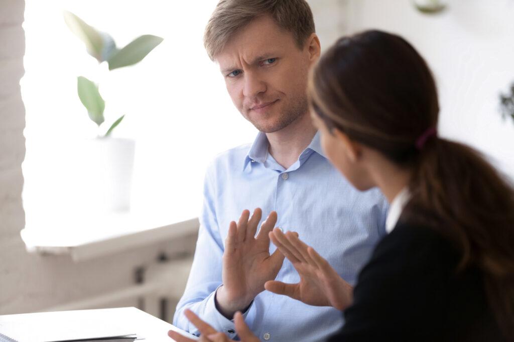 Verweigerung eines Handschlags gegenüber Frauen rechtfertigt Entlassung